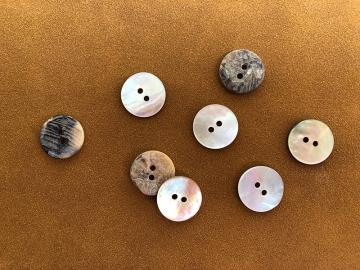 Perlmuttknopf 1,5 cm